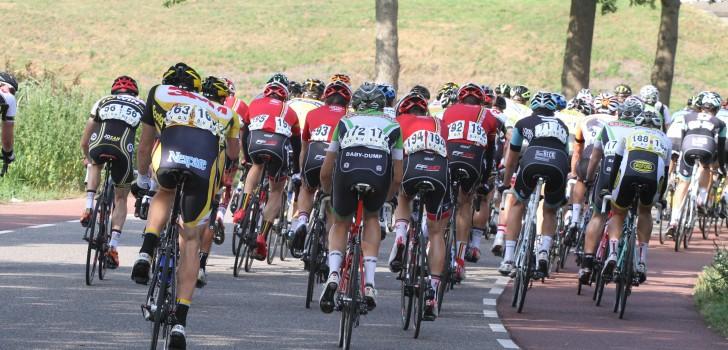 Topcompetitie presenteert zeventien deelnemende ploegen