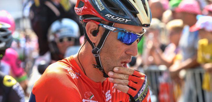 """Nibali wikt en weegt: """"Ik heb met Trek-Segafredo gesproken"""""""