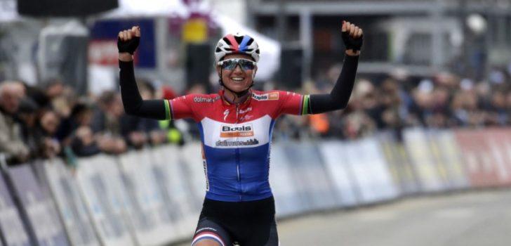 Chantal Blaak soleert naar de zege in Omloop het Nieuwsblad