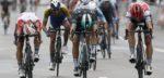 Caleb Ewan nipt de snelste in regenachtige Brussels Cycling Classic