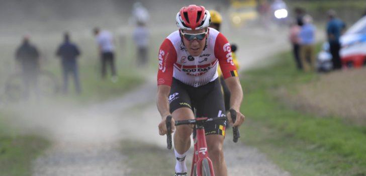 Jelle Wallays rondt fraaie solo af in Parijs-Tours, Niki Terpstra tweede