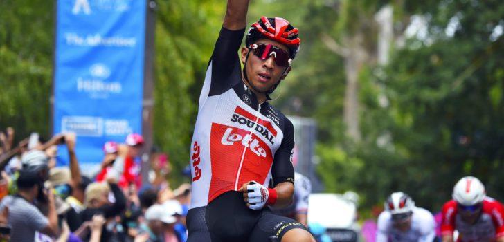 Caleb Ewan slaat dubbelslag met machtige sprint in Tour Down Under
