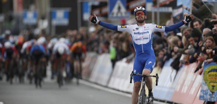 Kasper Asgreen wint solo in Kuurne-Brussel-Kuurne, Fabio Jakobsen vierde