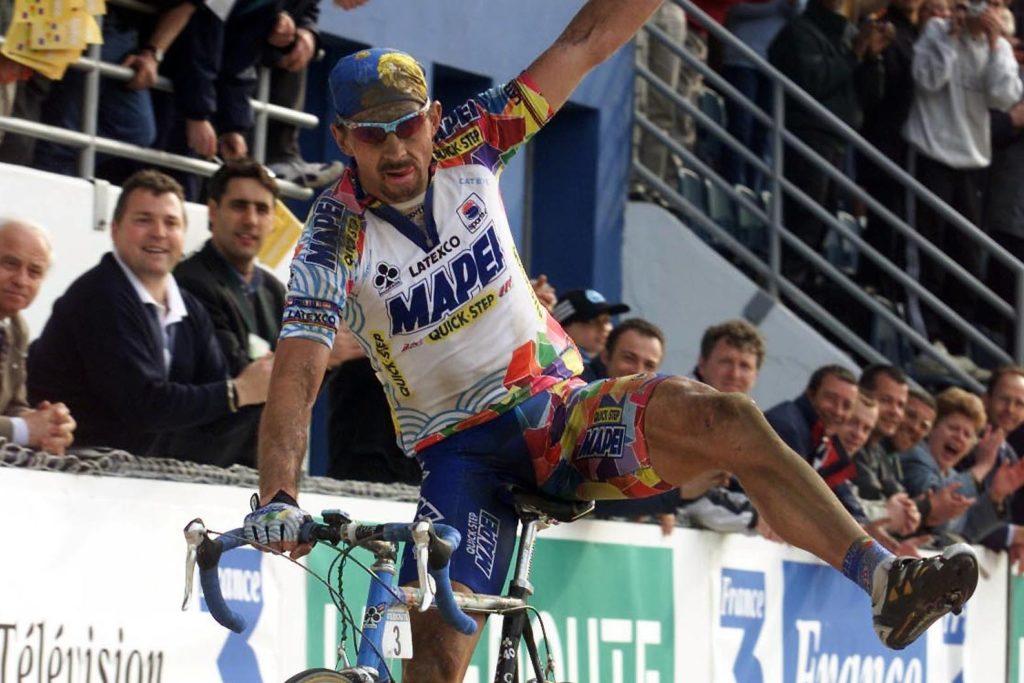 Johan Museeuw wint Parijs Roubaix 2000