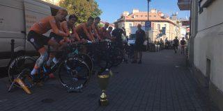 Nederland wint ploegentijdrit Orlen GP (Nations Cup U23), Daan Hoole leider