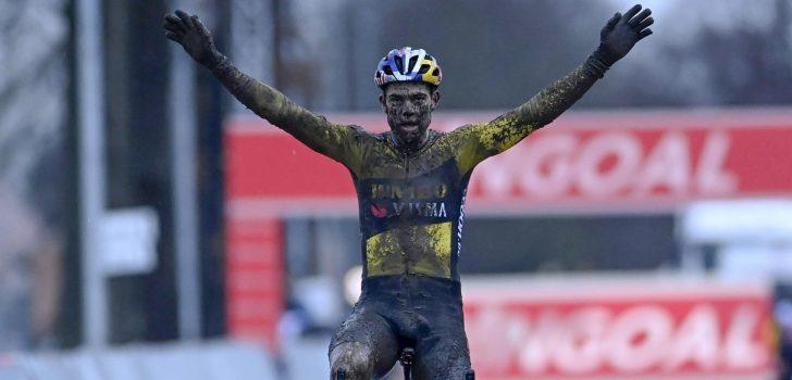 Wout van Aert wint met overmacht in de modder van Dendermonde, Mathieu van der Poel tweede