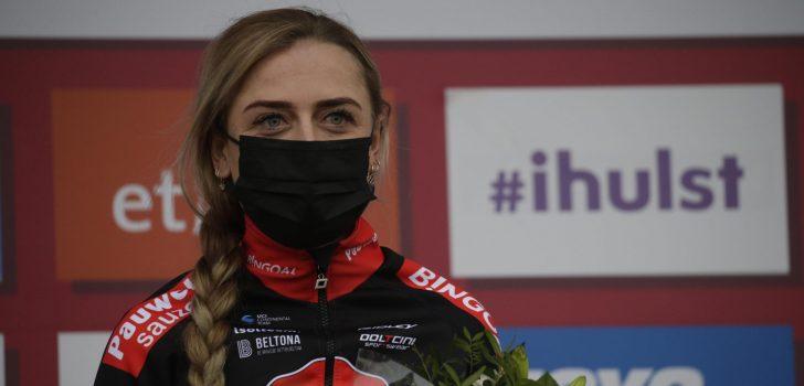"Denise Betsema wint in nat Middelkerke: ""Het was ploeteren"""