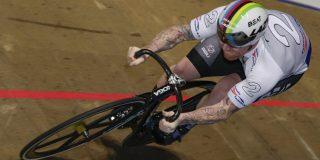 Roy van den Berg wint bike-off en mag als starter op de teamsprint mee naar Tokio