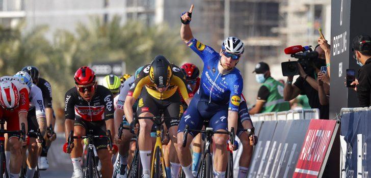 Sam Bennett juicht in vierde etappe UAE Tour, David Dekker tweede