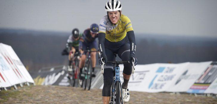"""Eindwinnares Ellen van Dijk: """"Ik kon door de kou nauwelijks schakelen"""""""