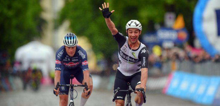 Giro 2021: Victor Campenaerts verslaat Oscar Riesebeek in Gorizia