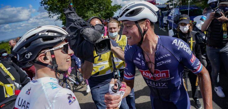 """Pogacar tweede achter Van der Poel: """"Blij dat Mathieu gewonnen heeft"""""""