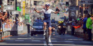 Ben Hermans soleert naar zege in Giro dell'Appennino, toptalent Ayuso maakt indruk