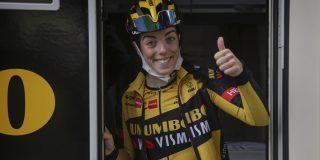 Anna Henderson kroont zich tot Brits kampioene in het tijdrijden