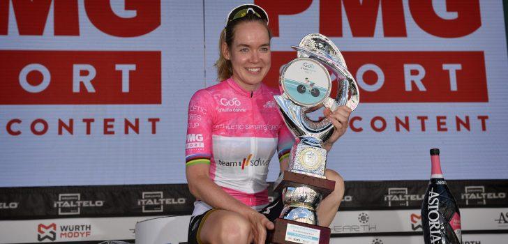 """Anna van der Breggen na vierde eindzege: """"Dit betekent veel voor me"""""""